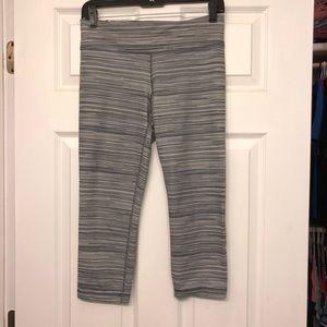 Under Armour Studio crop leggings, size small